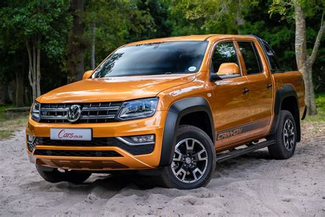Key Differences: 2019 Volkswagen Amarok Canyon - Cars.co.za