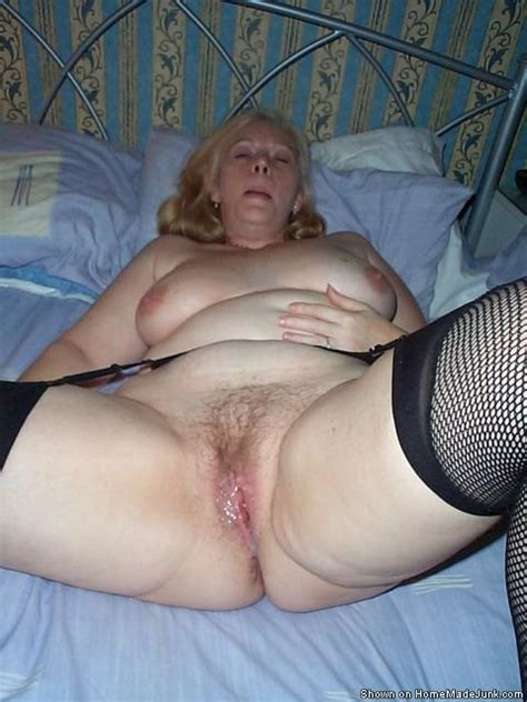 sexy mature amateurs enjoy oral sex and 69 pose they like to ride on cocks and swallow the sperm