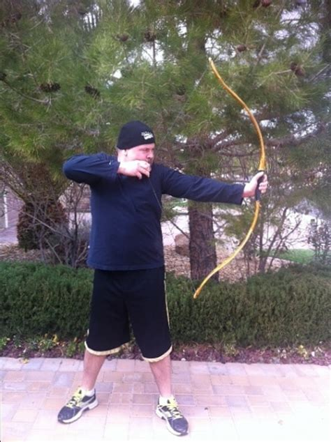 boarrior bows osage orange selfbow   slight static