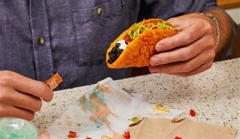 Taco Bell's Toasted Cheddar Chalupa to Return with ...