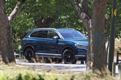 2019 Volkswagen Touareg Revealed In Full By Latest Spy