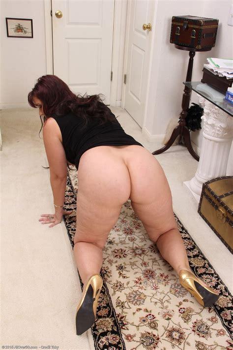 curvy cougar sasha karr at allover30 free