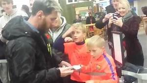 Watch young Barcelona fans have incredible reaction to ...