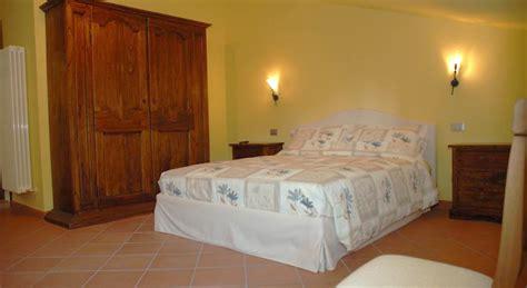 Con Camino E Vasca Idromassaggio Camere Con Camino In Emilia Romagna Suite Con Camino E
