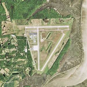 Charleston Executive Airport