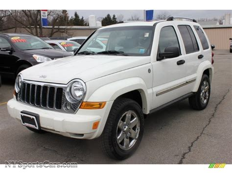 jeep liberty white 2006 jeep liberty limited 4x4 in stone white 216950