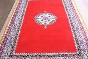 tapis marocain vente tapis boucherouite marocain moderne With tapis berbere avec vente canapé pas cher
