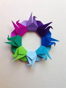 Origami Kranich Anleitung : kranich kranz in regenbogenfarben kefro origami papier mit farbe origamipapier ~ Frokenaadalensverden.com Haus und Dekorationen