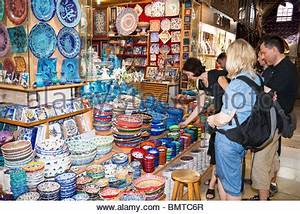 Asia Shop Augsburg : woman in a ceramic pottery store guangzhou china stock photo royalty free image 12198620 alamy ~ Markanthonyermac.com Haus und Dekorationen