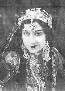 Sultana  Actress