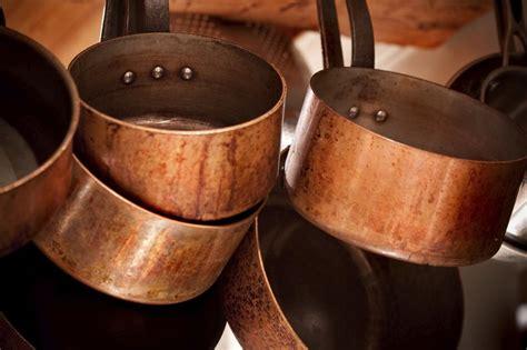 safe  cook  copper pots livestrongcom