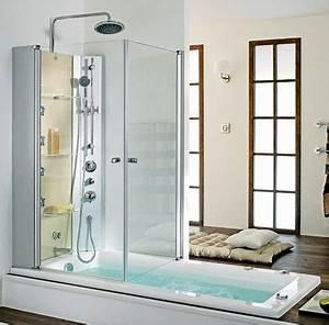 la derniere tendance une baignoire douche cote maison With porte de douche coulissante avec panneaux muraux pour renovation salle de bain