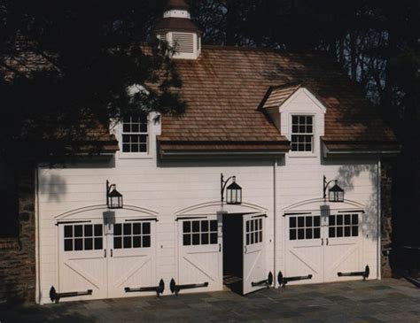carriage lights for garage wouldn t it be a hoot to be just start out of college and live in this great garage carriage