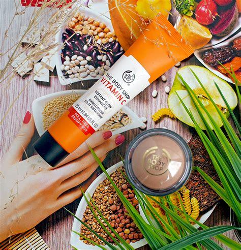 Праймер под макияж Giorgio Armani Fluid Master Primer Base Lissante Perfection Нужна ли база под макияж нормальной коже или это продукт.