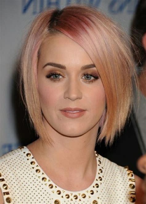 coole kurzhaarfrisuren fuer frauen haarfarben trend