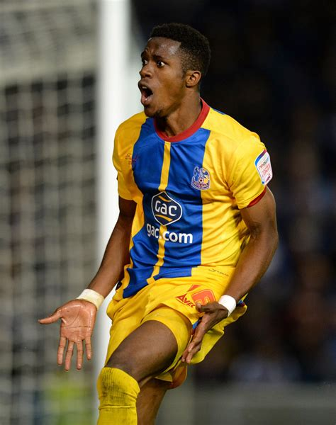 Wilfried Zaha - Wilfried Zaha Photos - Brighton & Hove ...