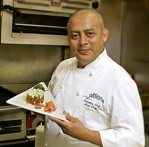 executive chef juan cruz flippers   bay  waterfront dining lovers key resort