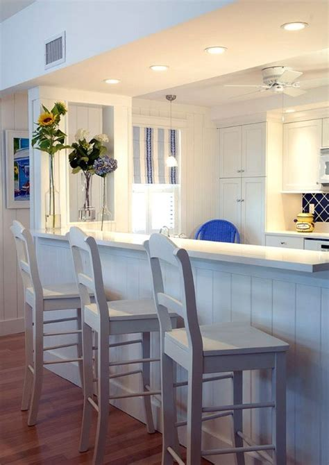 the cottage kitchen and bar 1000 ideas about small breakfast bar on small 8451