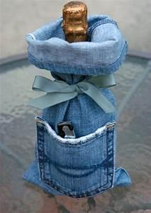Was Kann Man Aus Einer Alten Jeans Machen : flaschenh lle aus einer alten jeans flaschen ffner in der tasche n hen jeans pinterest ~ Frokenaadalensverden.com Haus und Dekorationen