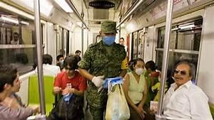 Swine flu fears prompt crackdown on travellers