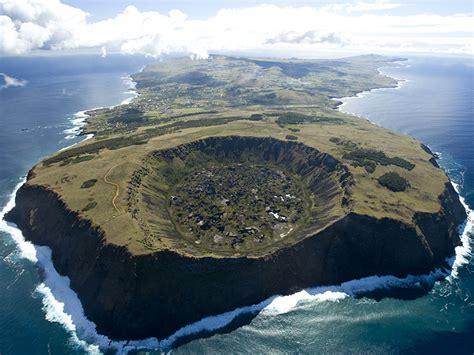 siege social nantes explorer île de pâques visite excursion et découverte
