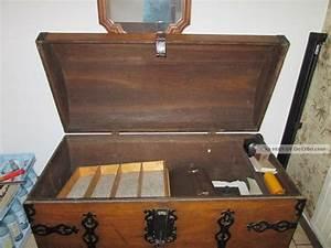 Truhe Aus Holz : truhe antik aus holz mit eisenbeschl gen aufschrift 1779 abschlie bar ~ Whattoseeinmadrid.com Haus und Dekorationen