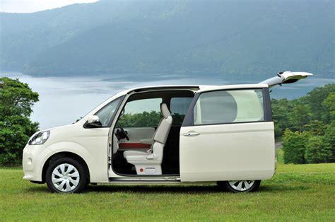 cars with sliding doors car review 2013 toyota porte