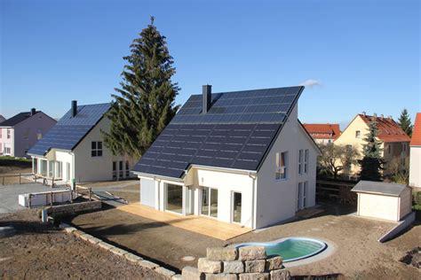 Energieautarke Haeuser Aus Ziegelmauerwerk by Solarthermie Im Energieautarken Haus Heizungsjournal