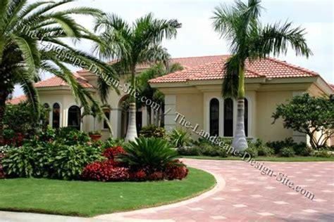 Tropical Circular Driveway Planting