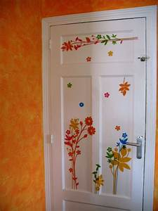 Decoration De Porte Interieur : porte de la cave avec stickers photo de d coration d ~ Dailycaller-alerts.com Idées de Décoration