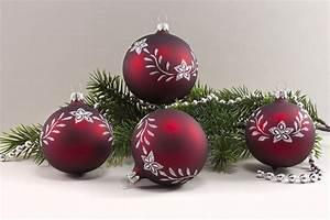 Weihnachtskugeln Glas Lauscha : 4 weihnachtsugeln 8cm dunkelrot matt mit blumenranke ~ A.2002-acura-tl-radio.info Haus und Dekorationen