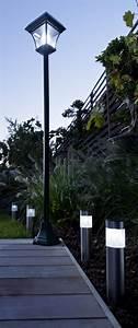 Lampadaire Exterieur Terrasse : lampadaire solaire ext rieur soltera tosca noir cm lampadaire solaire castorama et ~ Teatrodelosmanantiales.com Idées de Décoration
