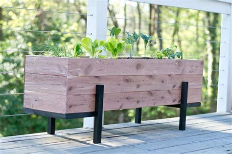 vasi per orto come realizzare un vaso per coltivare l orto sul balcone