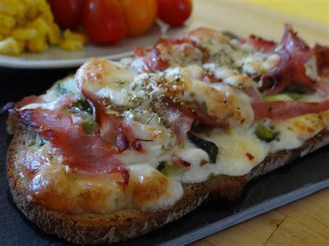 bruschetta gourmande jambon courgette  mozzarella