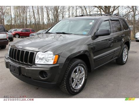 jeep grand cherokee gray 2006 jeep grand cherokee laredo 4x4 in dark khaki pearl
