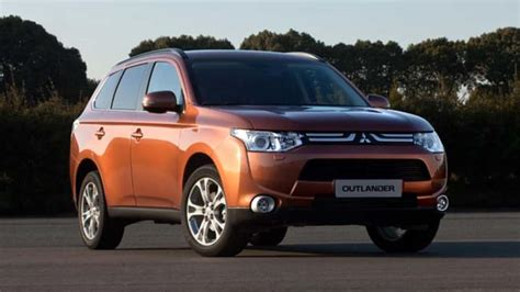 Mitsubishi Outlander Offers Three Fuel Types