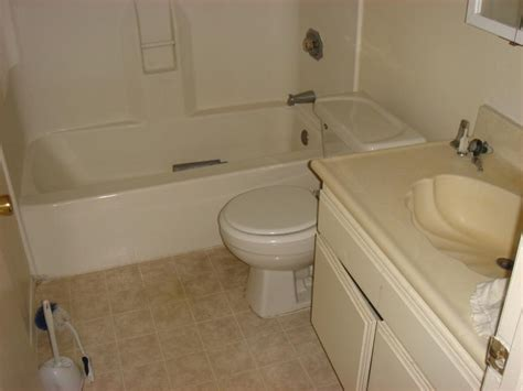 vinyl flooring for bathroom vinyl flooring bathroom