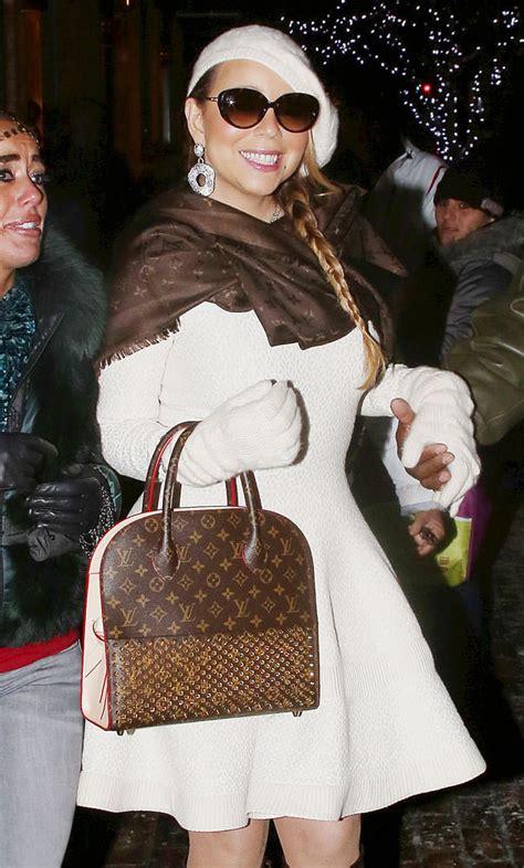 check   favorite celebrity bag    holidays purseblog