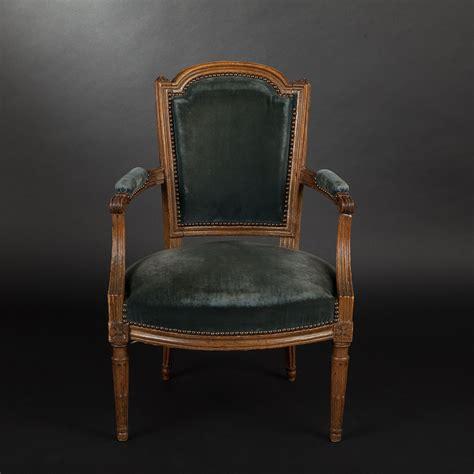 fauteuil de bureau louis xvi fauteuil cabriolet en hêtre d 39 époque louis xvi