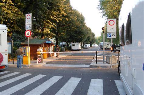 parcheggio porta palio verona visitare verona in cer attrattive e dove parcheggiare