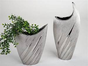 Silberne Deko Vasen : vase in silber der hingucker auch in ihr zuhause ~ Indierocktalk.com Haus und Dekorationen