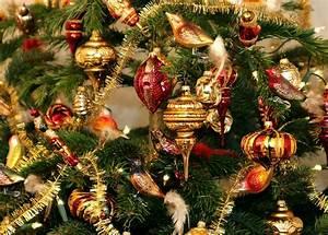 Geschmückte Weihnachtsbäume Christbaum Dekorieren : artikel magazin testberichte und ratgeber weihnachtsbaum amerikanisch schm cken ideen und ~ Markanthonyermac.com Haus und Dekorationen