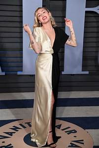 Miley Cyrus at 2018 Vanity Fair Oscar Party in Beverly ...