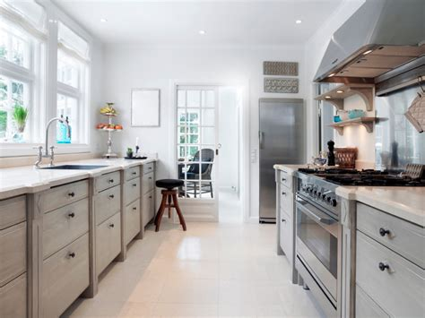 Galley Kitchens : Special Considerations For The Galley Kitchenselect