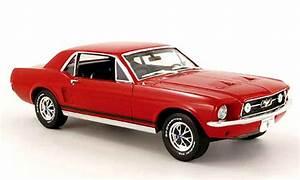 Modellauto Ford Mustang : ford mustang 1967 coupe rot greenlight modellauto 1 18 ~ Jslefanu.com Haus und Dekorationen