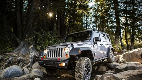 jeep screensaver full hd wallpaper wrangler rubicon jeep off road forest