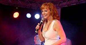 Reba McEntire Signs With Nash Icon Music Label Rolling Stone