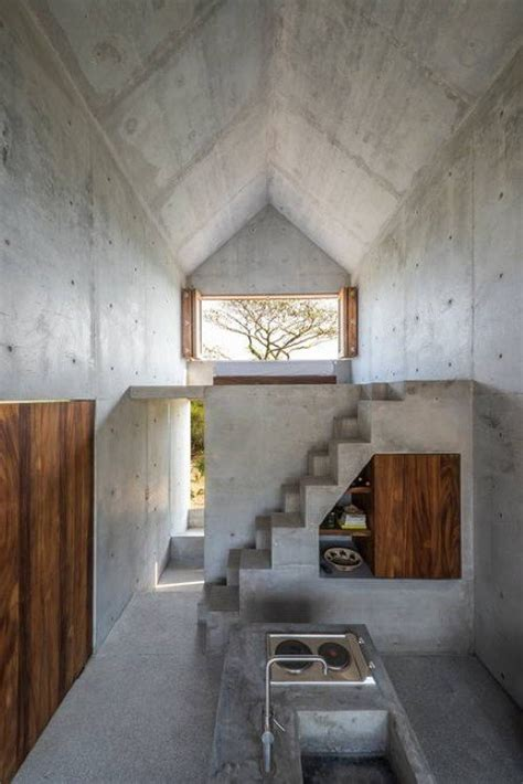 beautiful tiny concrete house   minimalist architecture