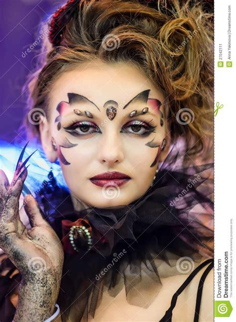 creative makeup show   festival  beauty editorial