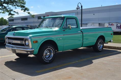 1969 chevrolet c10 pickup muscle classic truck wallpaper